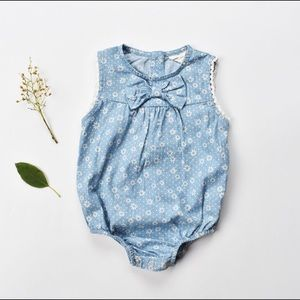 Other - Flower Print Bow Jumper